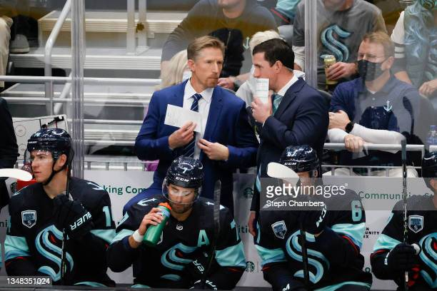 Head coach Dave Hakstol of the Seattle Kraken looks on against the Vancouver Canucks in the third period during the Kraken's inaugural home opening...