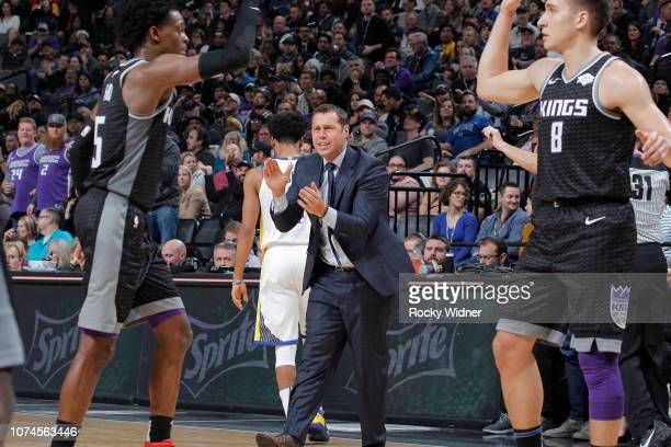Head coach Dave Joerger of the Sacramento Kings coaches against the Golden State Warriors on December 14 2018 at Golden 1 Center in Sacramento...