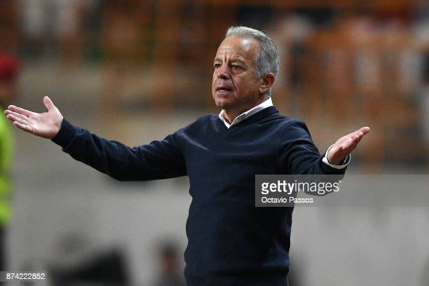 Head coach Dave Sarachan of USA in action during the International Friendly match between Portugal and USA at Estadio Municipal Leiria on November 14...