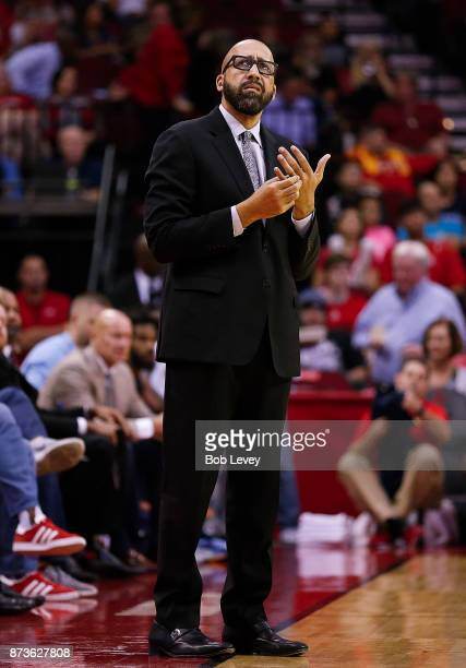 Head coach David Fizdale of the Memphis Grizzlies against the Houston Rockets at Toyota Center on October 23 2017 in Houston Texas NOTE TO USER User...
