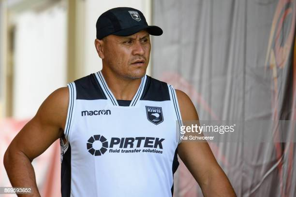 Head Coach David Kidwell of the Kiwis looks on during a New Zealand Kiwis Rugby League World Cup training session at AMI Stadium on November 3 2017...