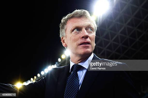 Head coach David Moyes of Real Sociedad looks on during the La Liga match between Real Socided and Elche FC at Estadio Anoeta on November 28 2014 in...