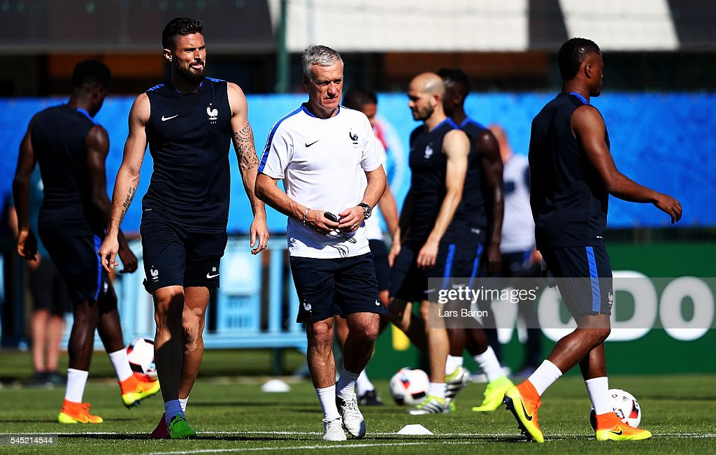 Head coach Didier Deschamps looks on during a France training session ahead of their UEFA Euro 2016 Semi final against Germany on July 6, 2016 in Marseille, France.