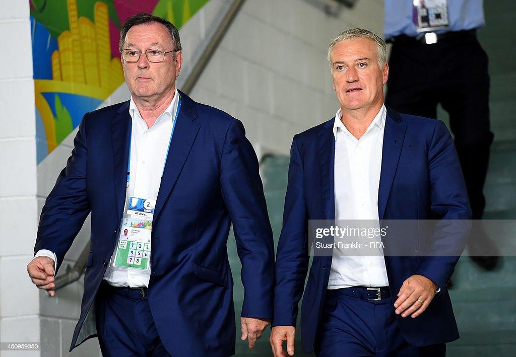 Switzerland v France: Group E - 2014 FIFA World Cup Brazil : Photo d'actualité