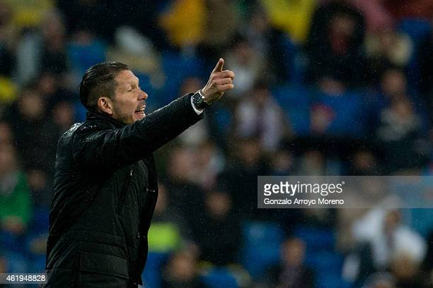 Head coach Diego Pablo Simeone of Atletico de Madrid gives instructions during the Copa del Rey Round of 16 second leg match between Real Madrid CF...