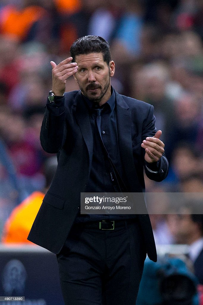 Head coach Diego Pablo Simeone of Atletico de Madrid gives instructions during the UEFA Champions League Group C match between Club Atletico de Madrid and SL Benfica at Vicente Calderon Stadium on September 30, 2015 in Madrid, Spain.