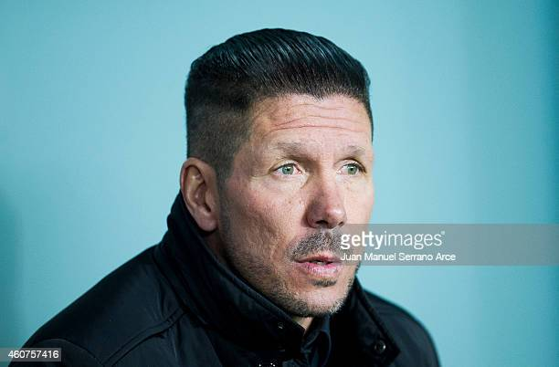 Head coach Diego Simeone of Atletico de Madrid looks on prior to the start the La Liga match between Athletic Club de Bilbao and Club Atletico de...