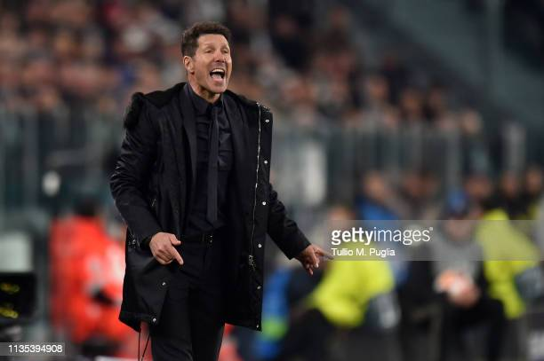 Head coach Diego Simeone of Atletico Madrid issues instructions during the UEFA Champions League Round of 16 Second Leg match between Juventus and...