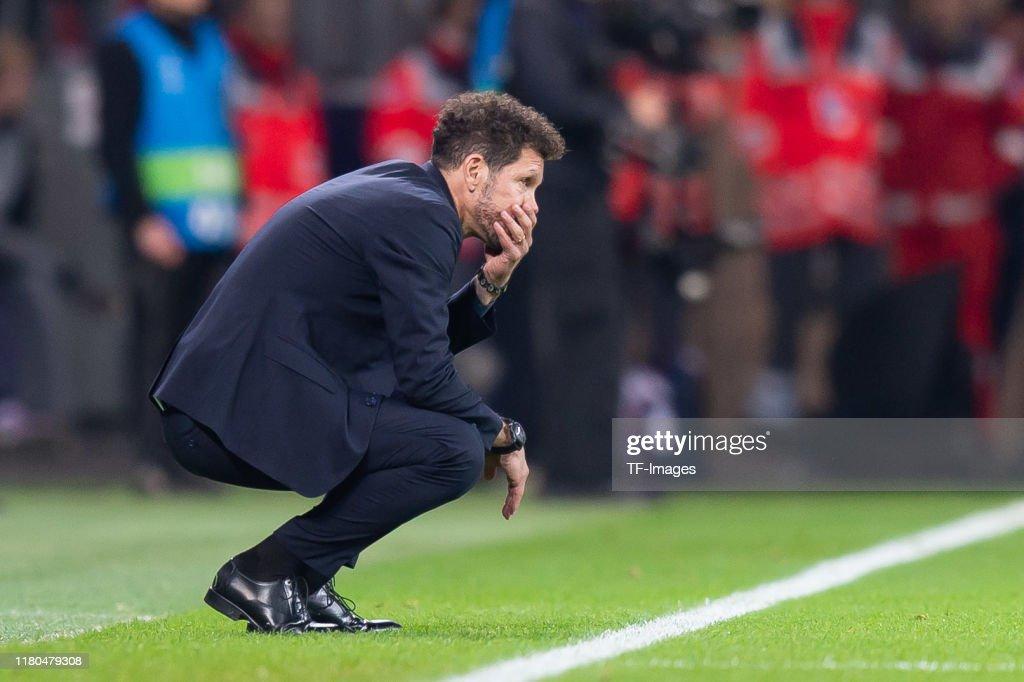 Bayer Leverkusen v Atletico Madrid: Group D - UEFA Champions League : Foto jornalística