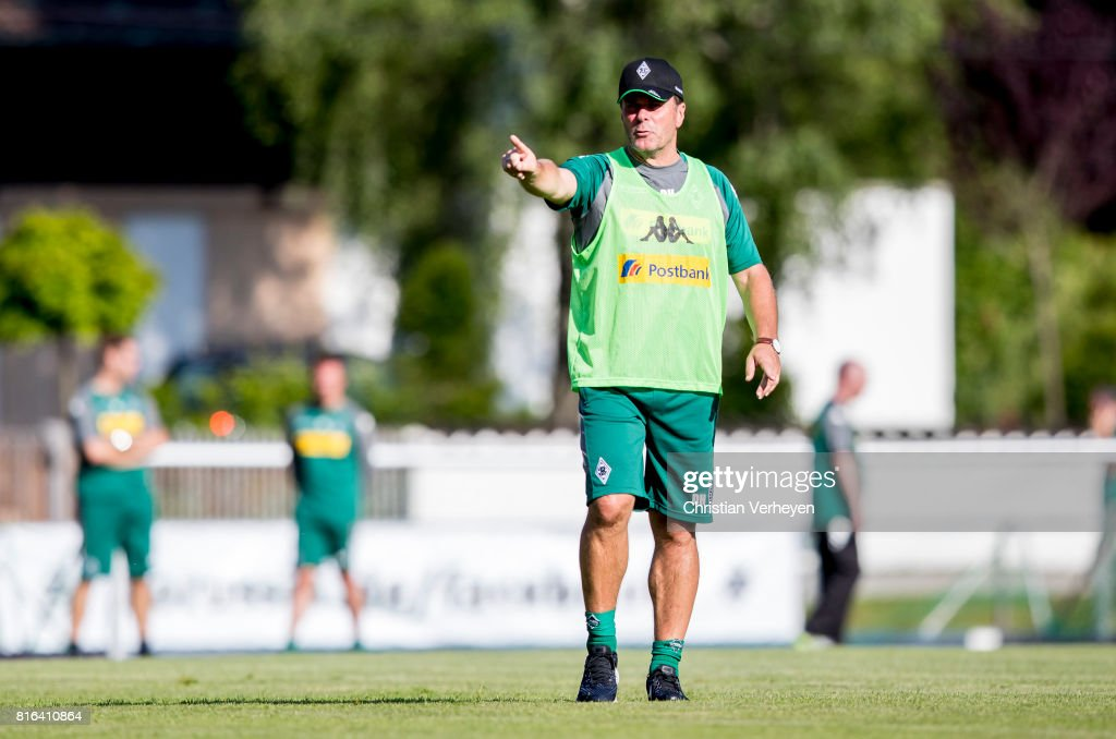 Head Coach Dieter Hecking of Borussia Moenchengladbach gives instructions during a training session at the Training Camp of Borussia Moenchengladbach on July 17, 2017 in Rottach-Egern, Germany.