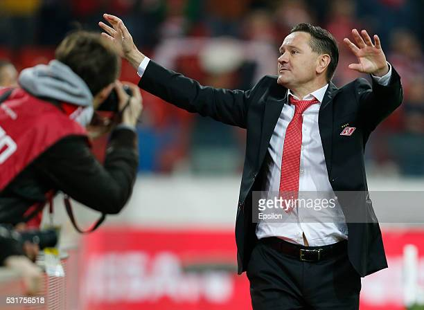 Head coach Dmitri Alenichev of FC Spartak Moscow gestures during the Russian Premier League match between FC Spartak Moscow and FC Terek Grozny at...
