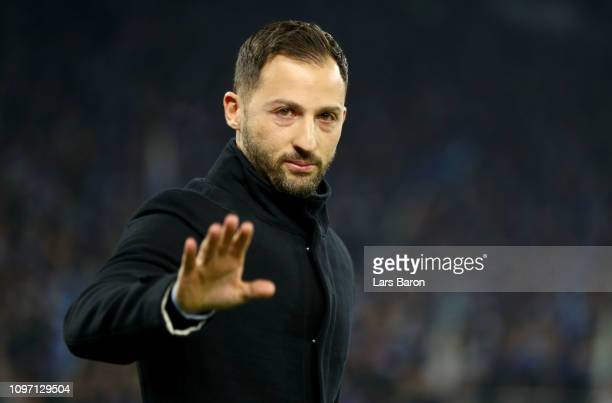 Head coach Domenico Tedesco of Schalke gestures during the Bundesliga match between FC Schalke 04 and VfL Wolfsburg at Veltins-Arena on January 20,...