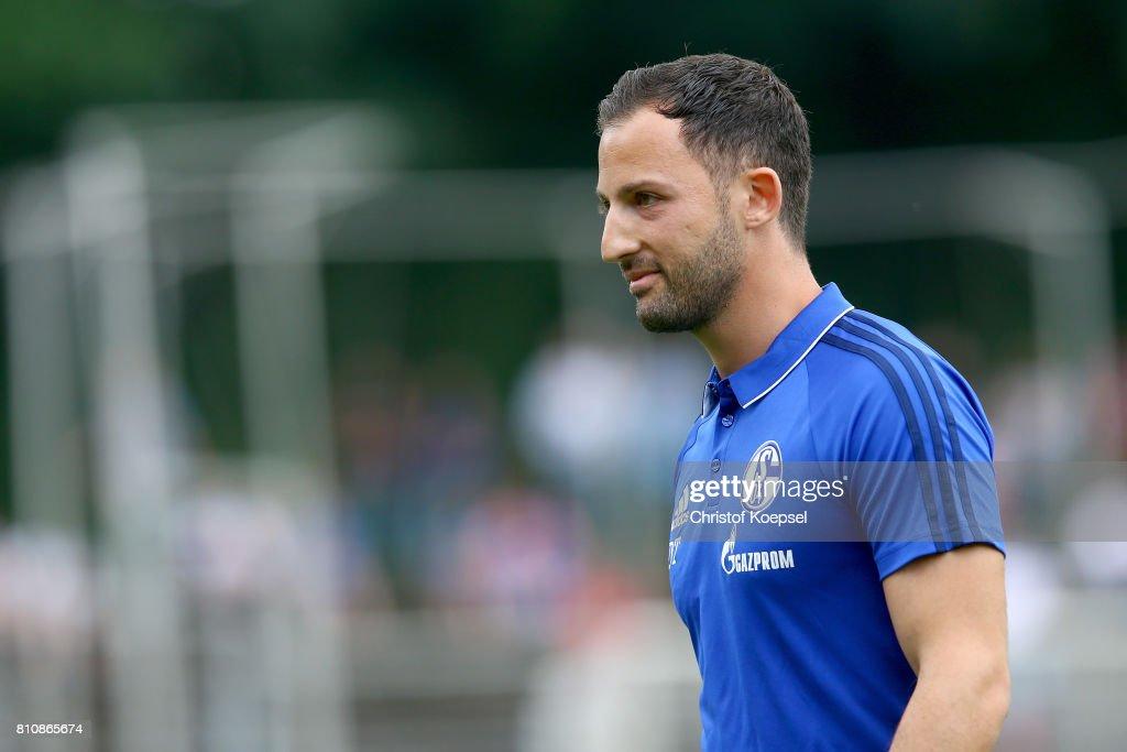 SpVgg Erkenschwick v FC Schalke 04 - Preseason Friendly : Foto di attualità
