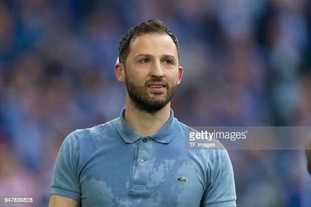 Head coach Domenico Tedesco of Schalke looks on prior to the Bundesliga match between FC Schalke 04 and Borussia Dortmund at VeltinsArena on April 15...