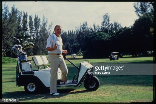 Head Coach Don Shula of the Miami Dolphins on the golf course Circa 1990 in Davie Florida