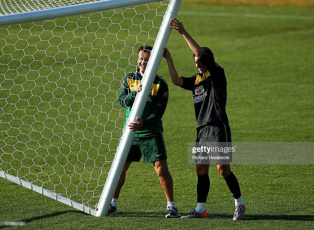 Brazil Training - 2010 FIFA World Cup : News Photo