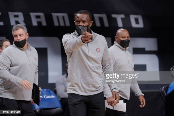 Head coach Dwane Casey of the Detroit Pistons points during the game against the Sacramento Kings on April 8, 2021 at Golden 1 Center in Sacramento,...