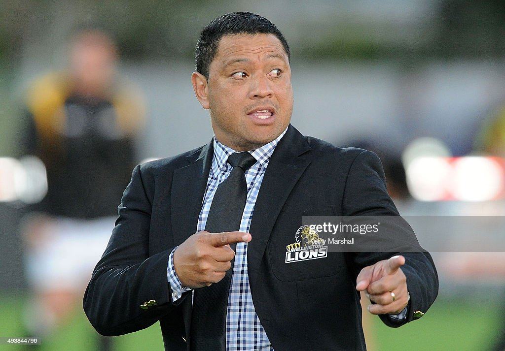 Head Coach Earl Va'a of Wellington directs the team warm up before the ITM Cup Premiership Final between Hawke's Bay and Wellington at McLean Park on October 23, 2015 in Napier, New Zealand.