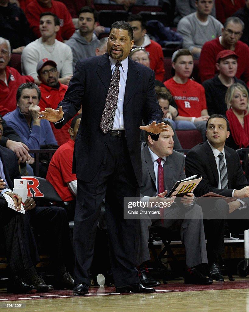 Louisville v Rutgers