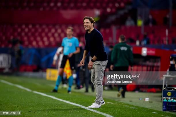 Head coach Edin Terzic of Borussia Dortmund in action during the Champions League Round Of 16 Leg One match between Sevilla FC and Borussia Dortmund...