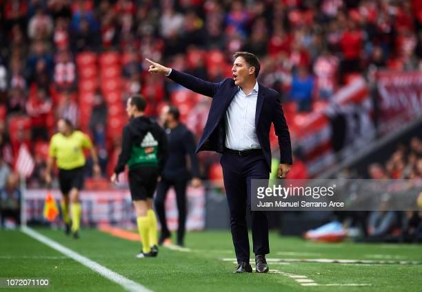 Head coach Eduardo Berizzo of Athletic Club reacts during the La Liga match between Athletic Club and Getafe CF at San Mames Stadium on November 25...