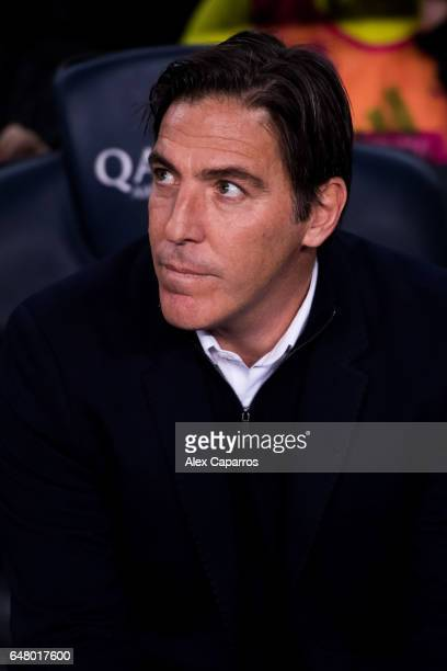 Head Coach Eduardo Berizzo of RC Celta de Vigo looks on before the La Liga match between FC Barcelona and RC Celta de Vigo at Camp Nou stadium on...