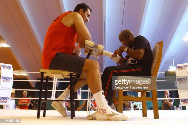 Head coach Emanuel Steward prepares Wladimir Klitschko of Ukraine for a training session at Hotel Stanglwirt on June 19 2012 in Going Austria...