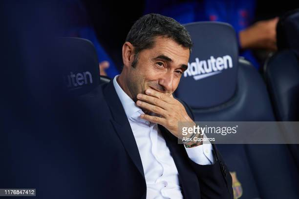 Head Coach Ernesto Valverde looks on during the Liga match between FC Barcelona and Villarreal CF at Camp Nou on September 24 2019 in Barcelona Spain