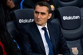 barcelona spain head coach ernesto valverde