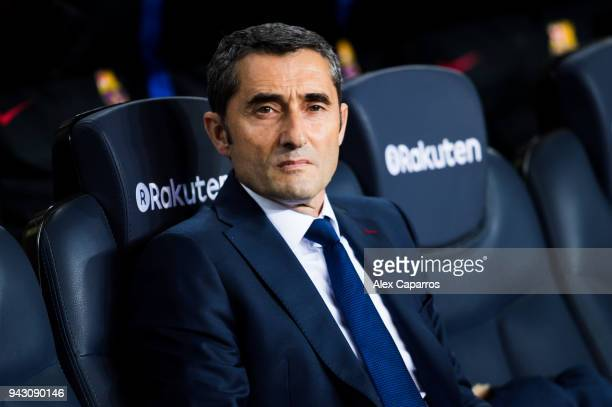 Head coach Ernesto Valverde of FC Barcelona looks on before the La Liga match between Barcelona and Leganes at Camp Nou on April 7 2018 in Barcelona...