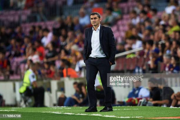 Head Coach Ernesto Valverde of FC Barcelona looks on during the Liga match between FC Barcelona and Villarreal CF at Camp Nou on September 24 2019 in...