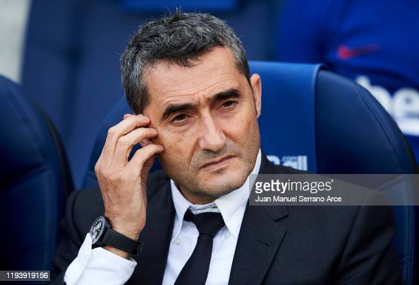 Head coach Ernesto Valverde of FC Barcelona looks on prior to the start the La Liga match between Real Sociedad and FC Barcelona at Estadio Anoeta on...