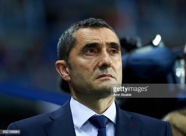 Head coach Ernesto Valverde of FC Barcelona looks on prior to the start the La Liga match between Malaga and Barcelona at Estadio La Rosaleda on...
