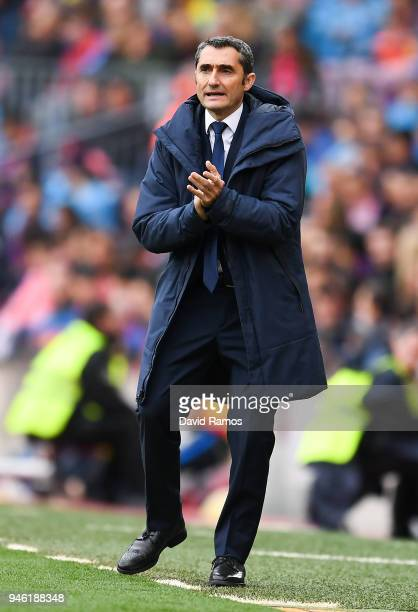 Head coach Ernesto Valverde of FC Barcelona reacts during the La Liga match between Barcelona and Valencia at Camp Nou on April 14 2018 in Barcelona...