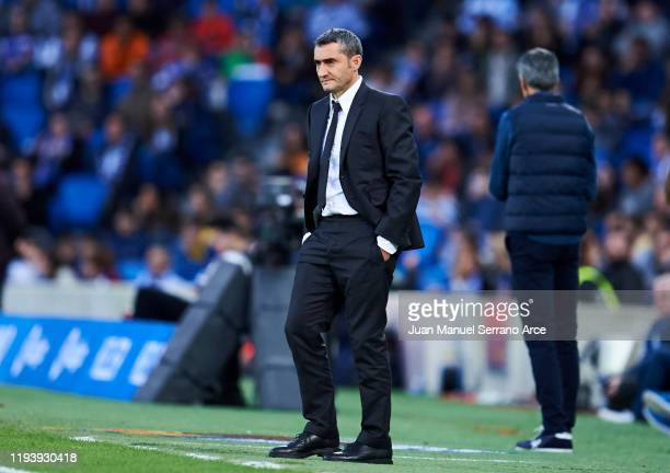 Head coach Ernesto Valverde of FC Barcelona reacts during the Liga match between Real Sociedad and FC Barcelona at Estadio Anoeta on December 14 2019...