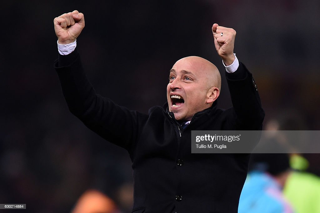Head coach Eugenio Corini of Palermo celebrates after winning the Serie A match between Genoa CFC and US Citta di Palermo at Stadio Luigi Ferraris on December 18, 2016 in Genoa, Italy.
