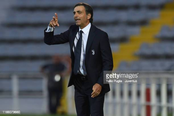 Head coach Fabio Pecchia of Juventus U23 issues instructions during the Coppa Italia Serie C match between Juventus U23 and Pergolettese at Giuseppe...