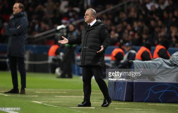 Head coach Fatih Terim of Galatasaray reacts during the UEFA Champions League group A match between Paris Saint-Germain and Galatasaray at Parc des...