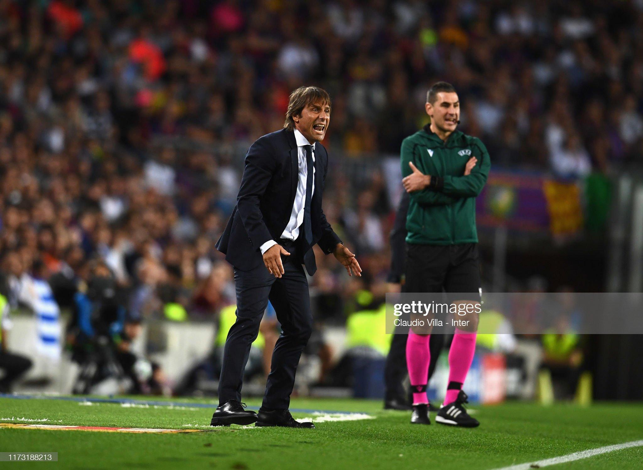صور مباراة : برشلونة - إنتر 2-1 ( 02-10-2019 )  Head-coach-fc-internazionale-antonio-conte-reacts-during-the-uefa-picture-id1173188213?s=2048x2048