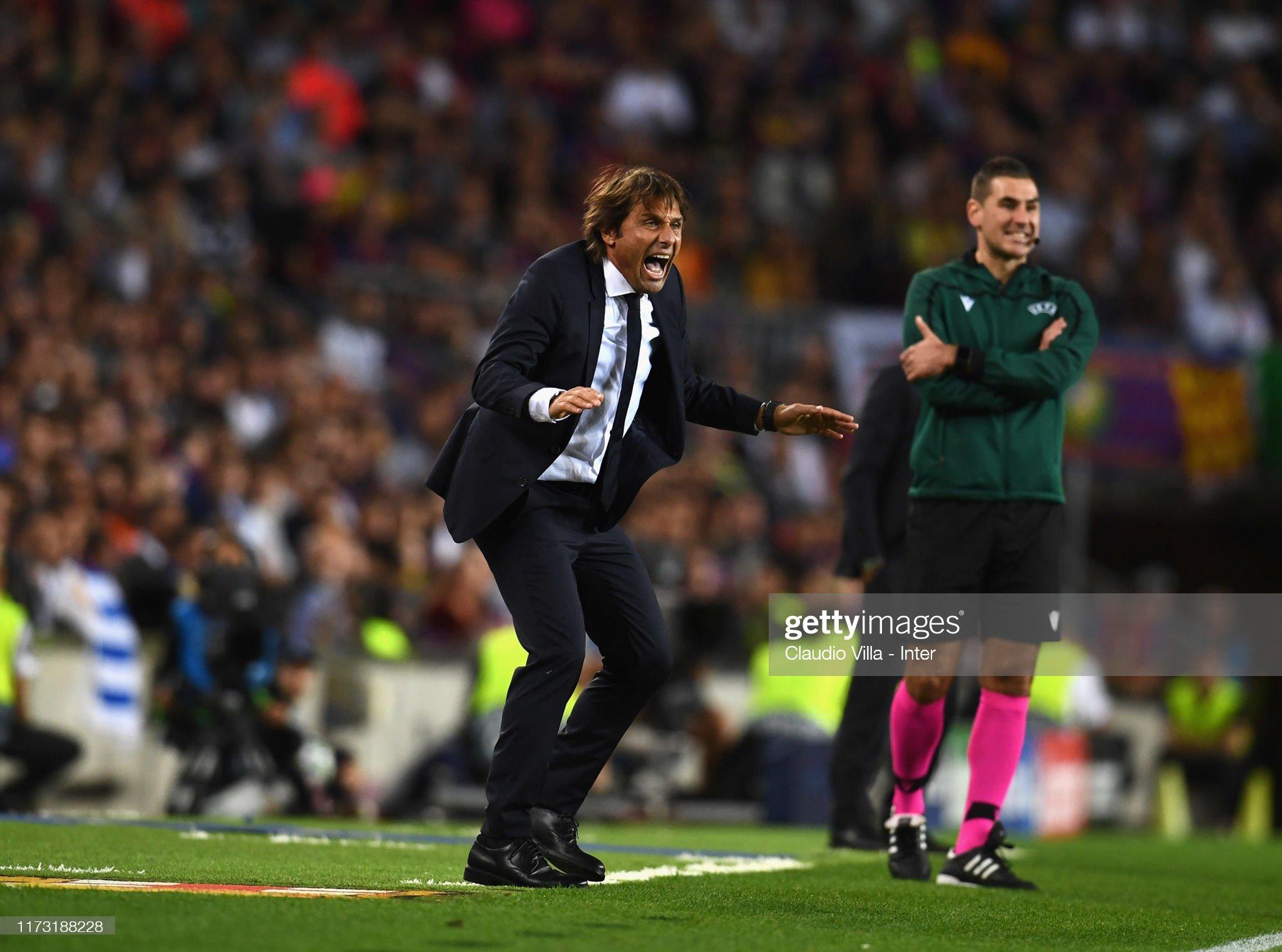 صور مباراة : برشلونة - إنتر 2-1 ( 02-10-2019 )  Head-coach-fc-internazionale-antonio-conte-reacts-during-the-uefa-picture-id1173188228?s=2048x2048