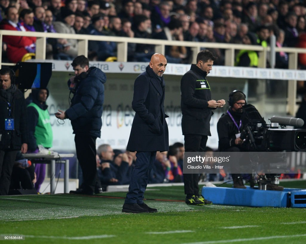 Head coach FC Internazionale Luciano Spalletti reacts during the serie A match between ACF Fiorentina and FC Internazionale at Stadio Artemio Franchi on January 5, 2018 in Florence, Italy.