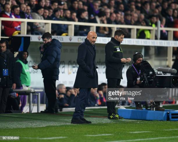 Head coach FC Internazionale Luciano Spalletti reacts during the serie A match between ACF Fiorentina and FC Internazionale at Stadio Artemio Franchi...