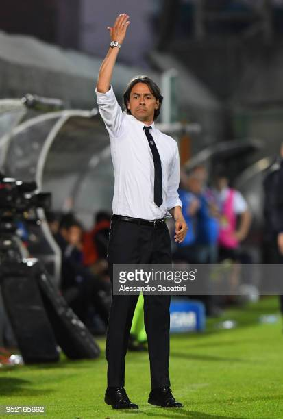head coach Filippo Inzaghi of Venezia FC gestures during the serie B match between Venezia FC and US Citta di Palermo at Stadio Pier Luigi Penzo on...