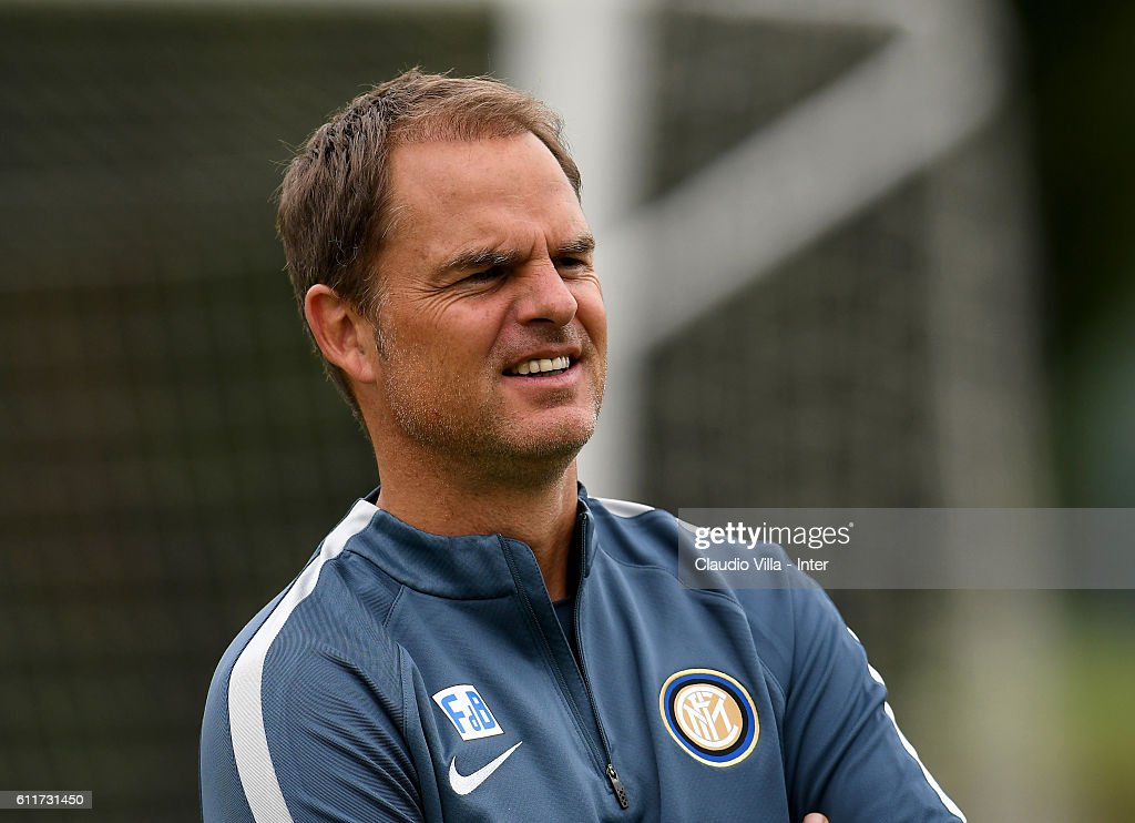Head coach Frank de Boer looks on during the FC Internazionale training session at the club's training ground at Appiano Gentile on October 01, 2016 in Como, Italy.