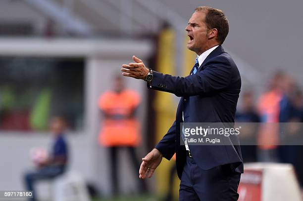 Head coach Frank de Boer of Internazionale issues instructions during the Seria A match between FC Internazionale and US Citta di Palermo at Stadio...