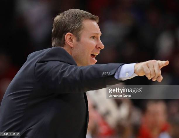 Head coach Fred Hoiberg of the Chicago Bulls gives instructions to his team against the Golden State Warriors at the United Center on January 17 2018...