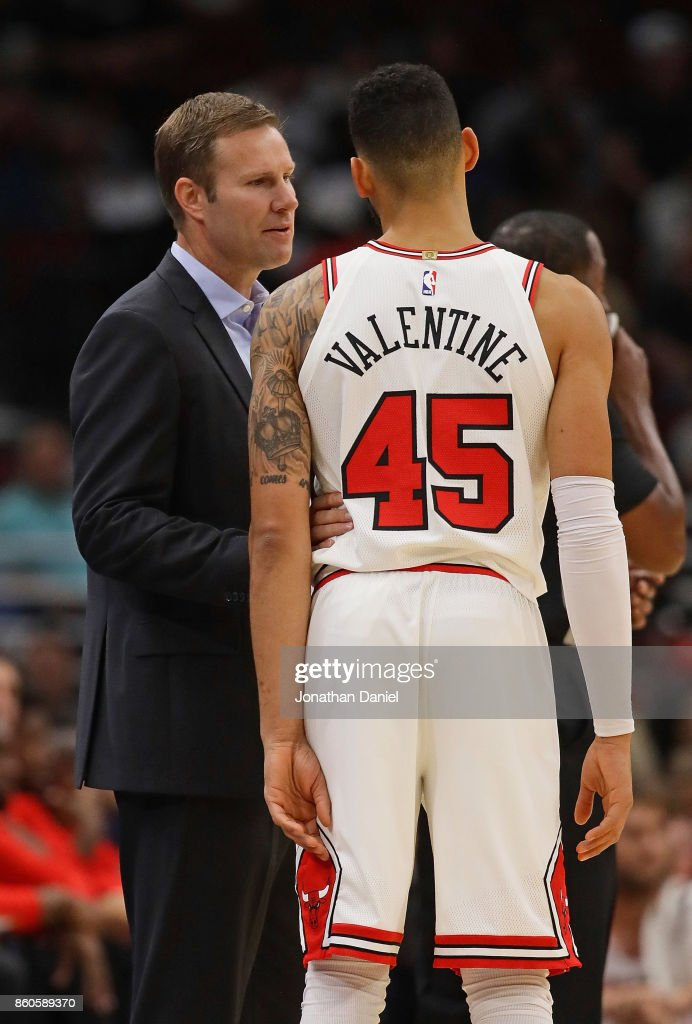 Head Coach Fred Hoiberg Of The Chicago Bulls Gives Instructuons To Denzel  Valentine During A Preseason