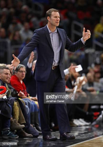 Head coach Fred Hoiberg of the Chicago Bulls signals to his team against the San Antonio Spurs at the United Center on November 26 2018 in Chicago...
