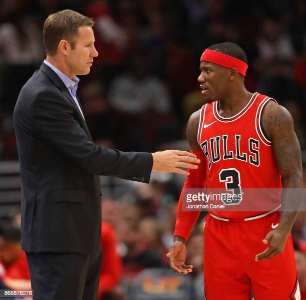 Head coach Fred Hoiberg of the Chicago Buls gives instructions to Kay Felder during a game against the Atlanta Hawks at the United Center on October...