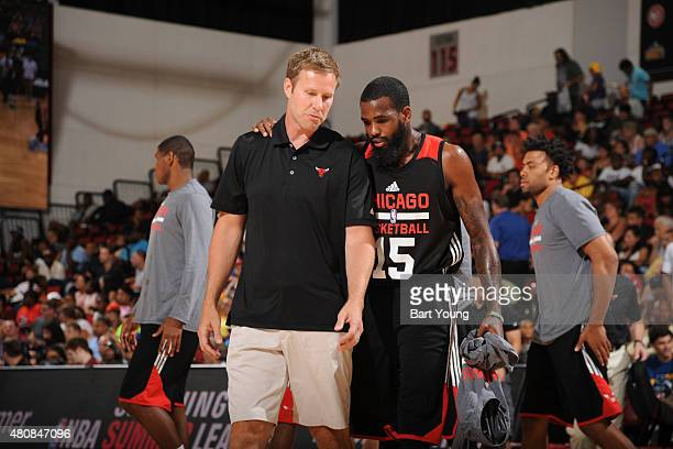 Head coach Fred Hoiberg talks with Ramon Galloway of the Chicago Bulls during the 2015 NBA Las Vegas Summer League game against the Cleveland...